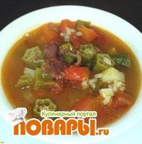 Острый суп из охры с говяжьим беконом