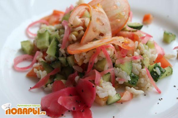 Салат с авокадо и рисом