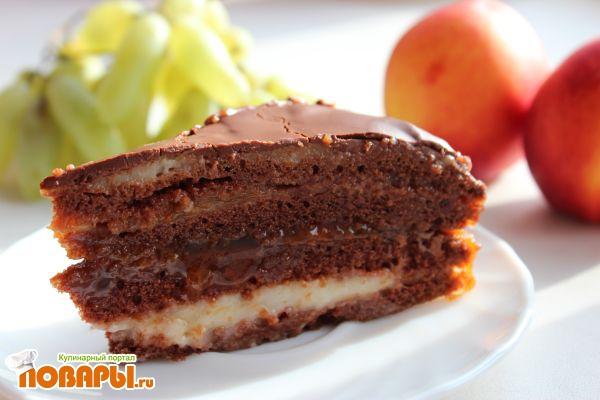 На десерт неожиданные гости: форму для выпечки смазать растительным маслом.