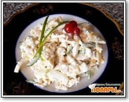 Салат «Именинный» с курицей и яичными блинчиками