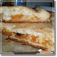 Пирог с гарбузой и сушеной вишней