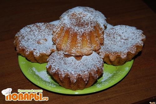 Как украсить медовый торт свежими фруктами в домашних условиях фото