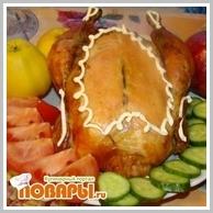Курочка, фаршированная гречкой и яблоками