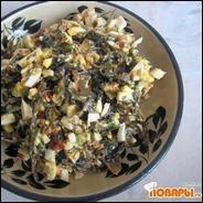 Салат из морской капусты, яйца и зеленого лука  Салат из морской капусты, яйца и зеленого лука