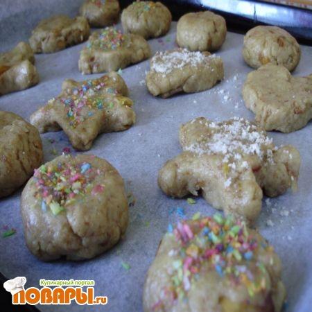 вылепленное печенье