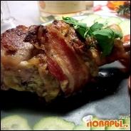 Запеченные куриные голени в беконе