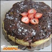 """Торт """"Шоколадная прелесть с ревенем и клубникой"""""""