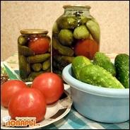 Консервированные огурцы с томатами