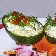 Лодочки с малосольной семгой из авокадо