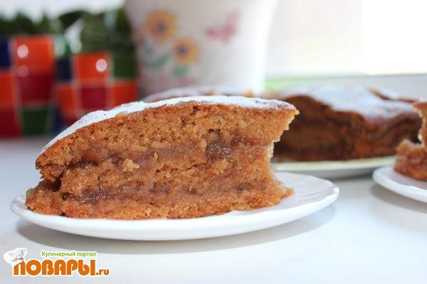 нарезанный торт яблочный постный с джемом