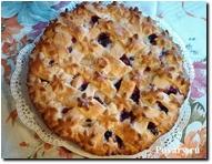 Пирог с яблоками и смородиной