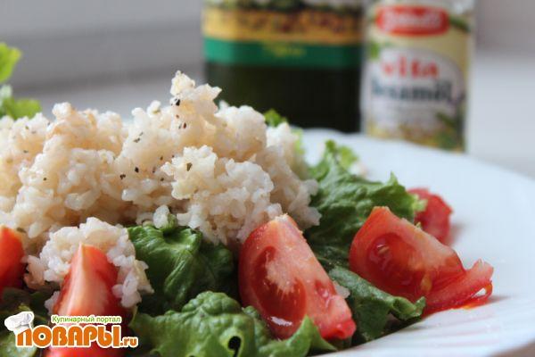 Как приготовить коричневый рис (коричневый рис с белым рисом, с салатом и помидорами)