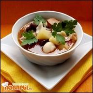 Фасолевый суп с копчеными колбасками