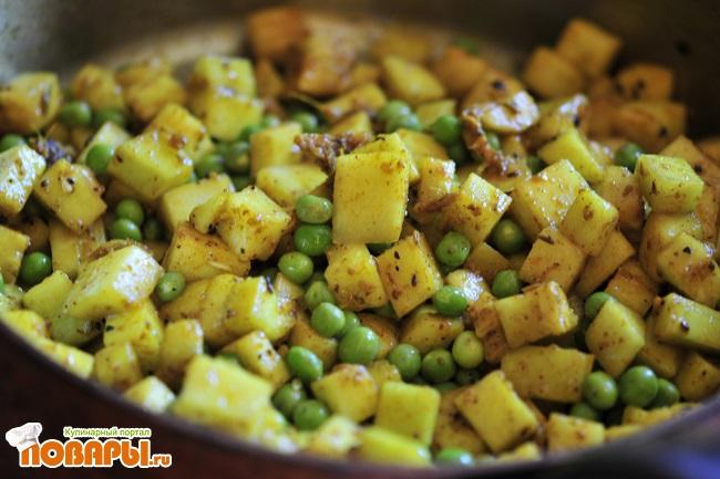 Сыр панир с овощами