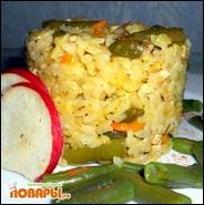 Рис с курицей и зеленой стручковой фасолью
