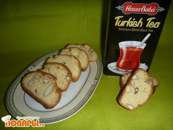 Кантуччи - итальянское печенье с миндалем