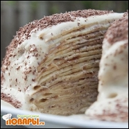Торт с блинов под белковым кремом