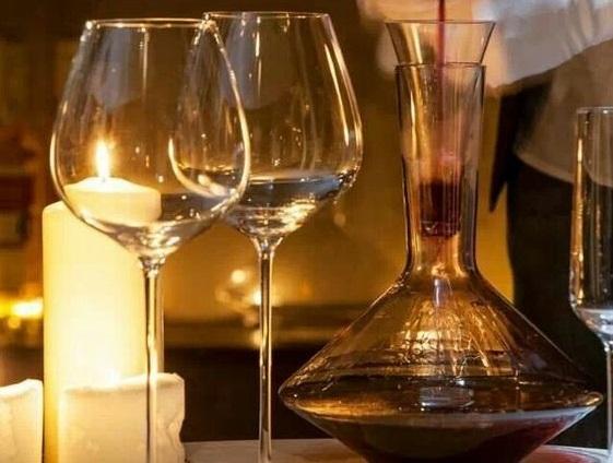 Винный этикет. 10 правил подачи вина к застолью