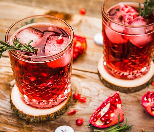 3 оригинальных коктейля для новогодней ночи